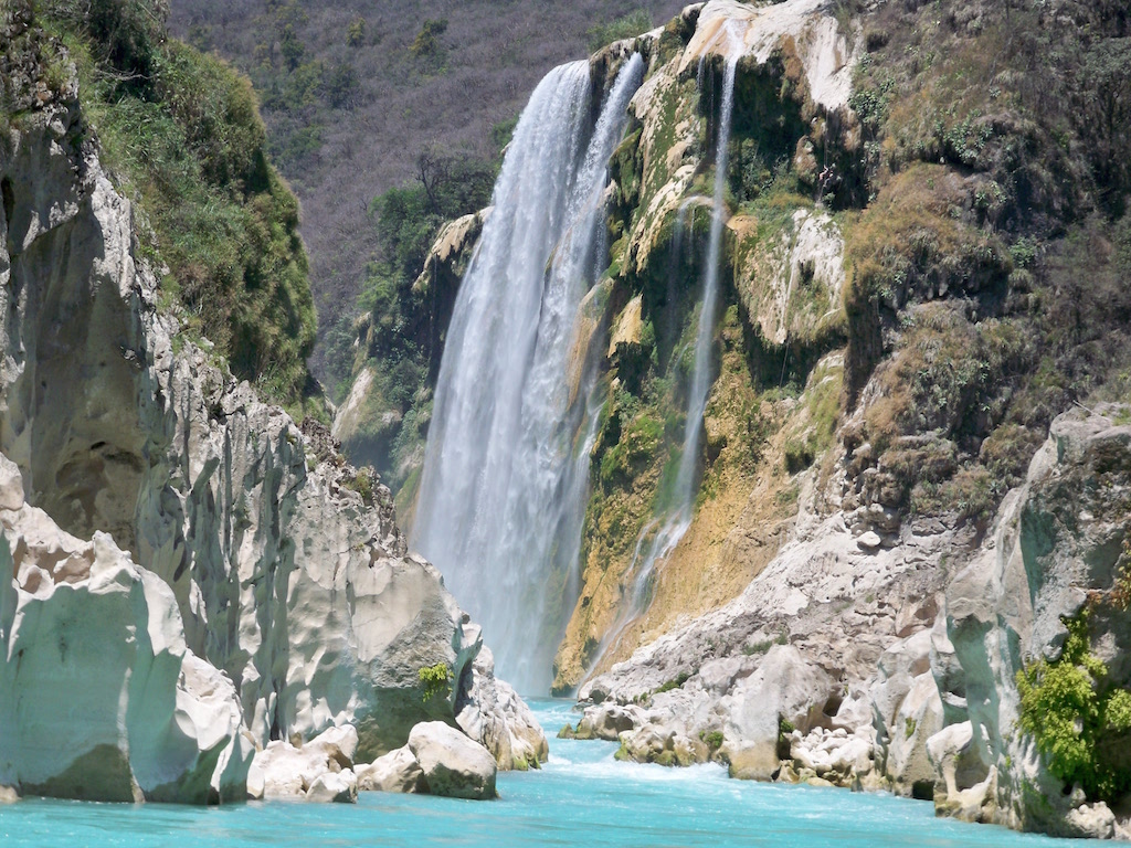 Rica argentina escondida en el water muestra por la webcam - 2 part 6